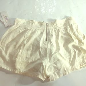 UnionBay Shorts Size Women's 5 Paperwhite New Tags